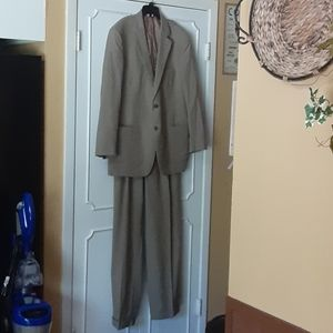 Mens Brooks Brothers Tan Suit